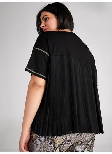 Faik Sönmez  Pilise Şifon Sırt Detaylı Sim Biyeli T-Shirt 61609 Siyah